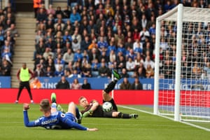 Leno saves the shot from Maddison.