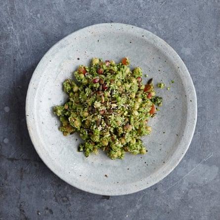 Dishoom's chana chaat salad looks like this.