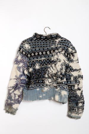 Norwegian Sweater - original damaged Sweater from Annemor Sundbø's Ragpile