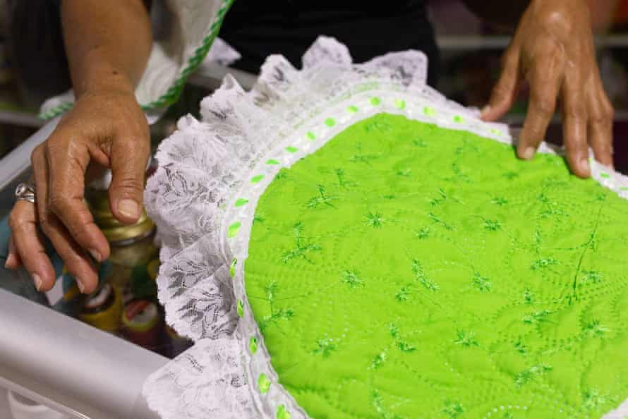 Diana Chamorro shows some of the fabric products her group have created in El Carmen de Bolívar