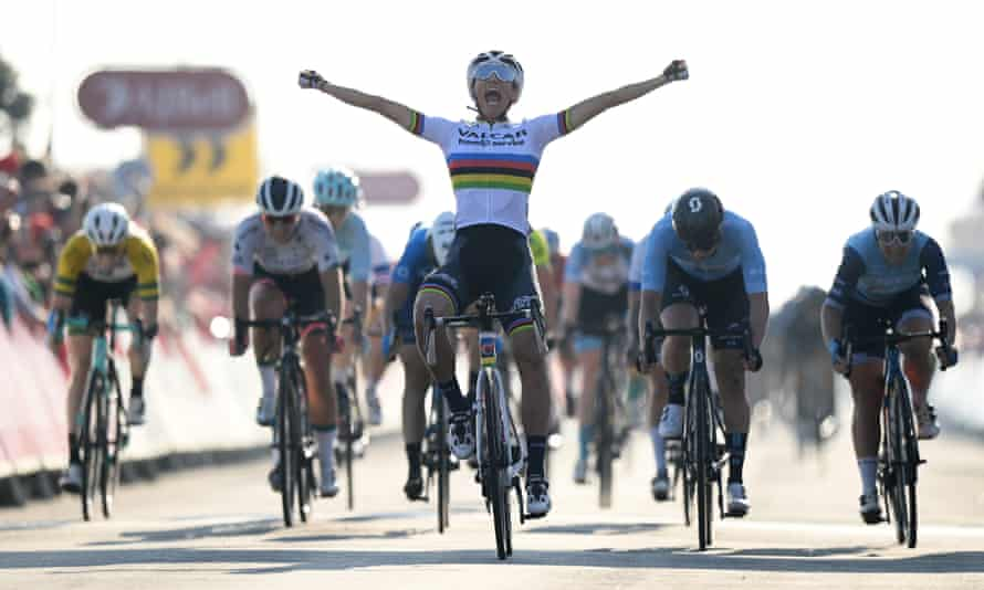 Elisa Balsamo leads the line after stepping up to sprint victory at the end of the Women's Tour of Britain.