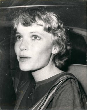 Mia Farrow attends Bow Street Magistrates Court, London, 11 November 1968.