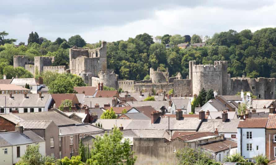 Housing and castle in town of Chepstow