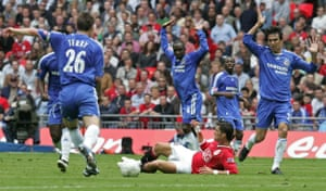 Ronaldo dives under pressure from Terry, Makelele, Ferriera and Essien in the FA Cup final between Chelsea and Manchester United in 2007