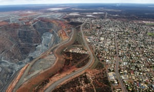 The township of Kalgoorlie next to the Fimiston Open Pit mine, in the Goldfields region of Western Australia, which is one of the trial sites for the cashless welfare card. Only a minority of those interviewed in the region who support the rollout of the welfare card actually want it to continue in its current form.