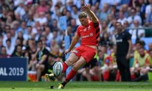 Owen Farrell of Saracens kicks a penalty.
