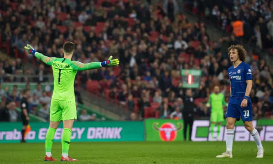 Kepa Arrizabalaga refuses to leave the pitch in the Carabao Cup final.