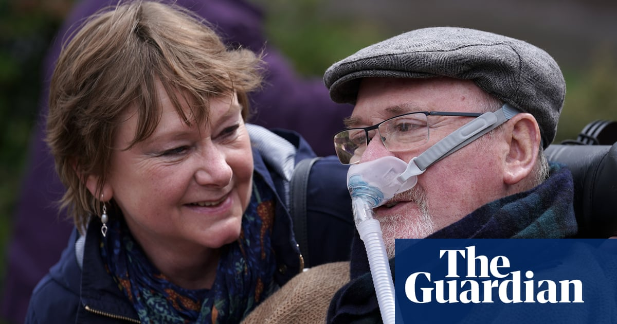 Noel Conway, assisted dying campaigner, dies at home aged 71