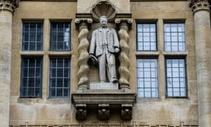 Oriel college in Oxford was the scene of protests over its statue of Cecil Rhodes .