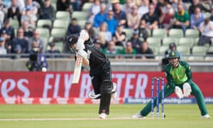 A check drive from New Zealand's Kane Williamson brings up his half century.