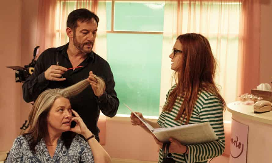 Wright on the set of Medusa's Ankles, with actors Jason Isaacs and Kerry Fox.