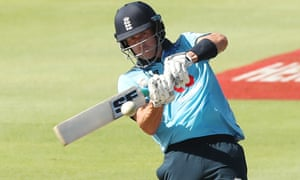 England's Joe Denly on his way to a determined 87