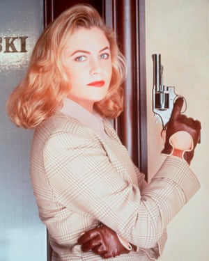 Kathleen Turner as VI Warshawski.