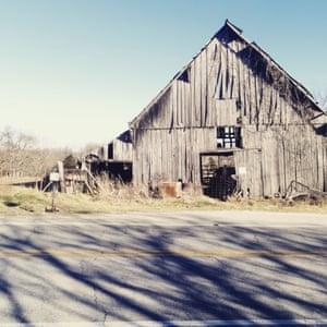 A disused barn in Goshen, Arkansas, while on the road towards Camden, Alabama