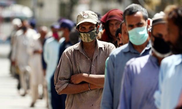 Los líderes mundiales instan al G20 a abordar las crisis gemelas de salud y económicas.