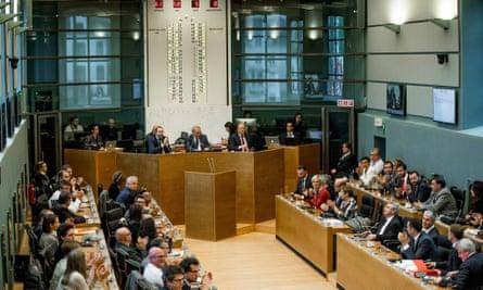 Walloon parliament votes on Ceta