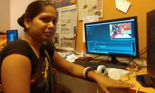 Lakshmi Sharma edits video reports sent from the field as Khabar Lahariya increases its digital presence.