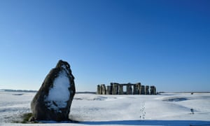 Stonehenge stone circle is seen in the snow in southwest Britain, February 2, 2019. REUTERS/Toby Melville