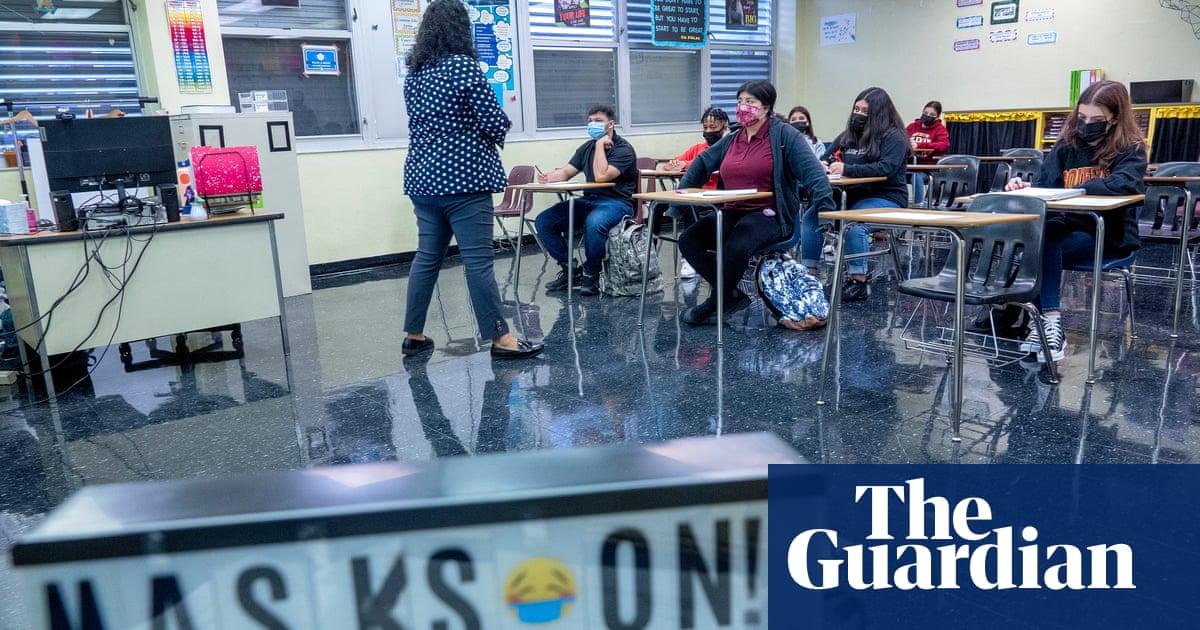 Florida schools can mandate masks, judge rules