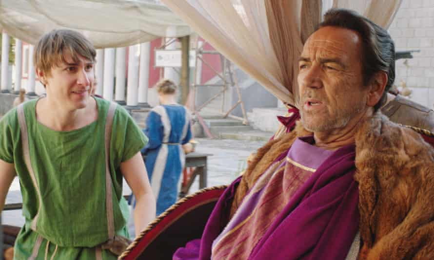 Tom Rosenthal as Marcus and Robert Lindsay as Crassus in the new series of Plebs.