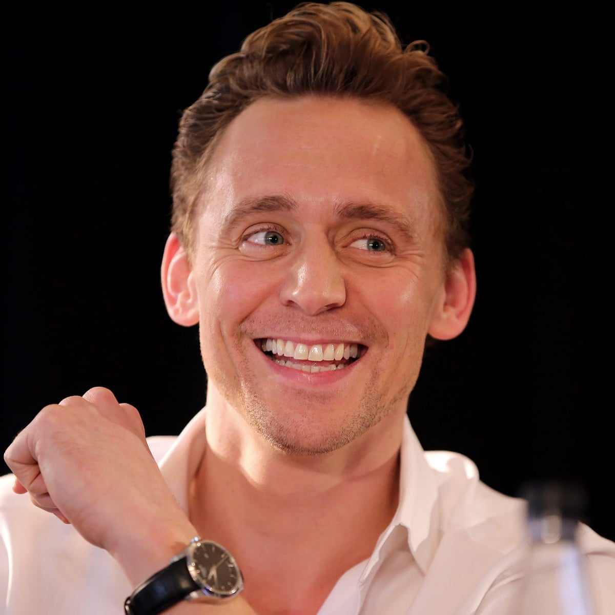 Tom Hiddleston Plays Hamlet In London But You Won T Get A Ticket Stage The Guardian