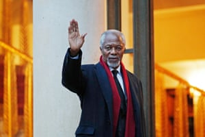 The former UN secretary general waves upon his arrival at the Élysée Palace in Paris on 11 December 2017