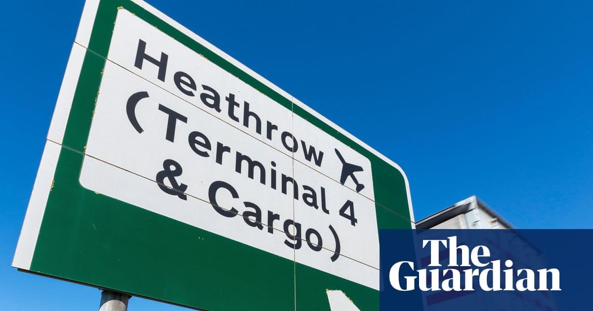 UK air freight bookings soar as firms seek to bypass port backlogs