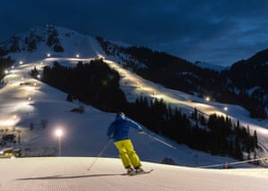 Söll, renowned for its night skiing, keeps a valley descent lit until 10.30pm.