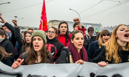 Young people demonstrate in Lyon