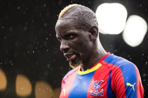 Mamadou Sakho, dejected after Crystal Palace loose at home again.