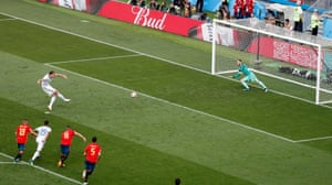 Dzyuba scores the equaliser from the penalty spot.