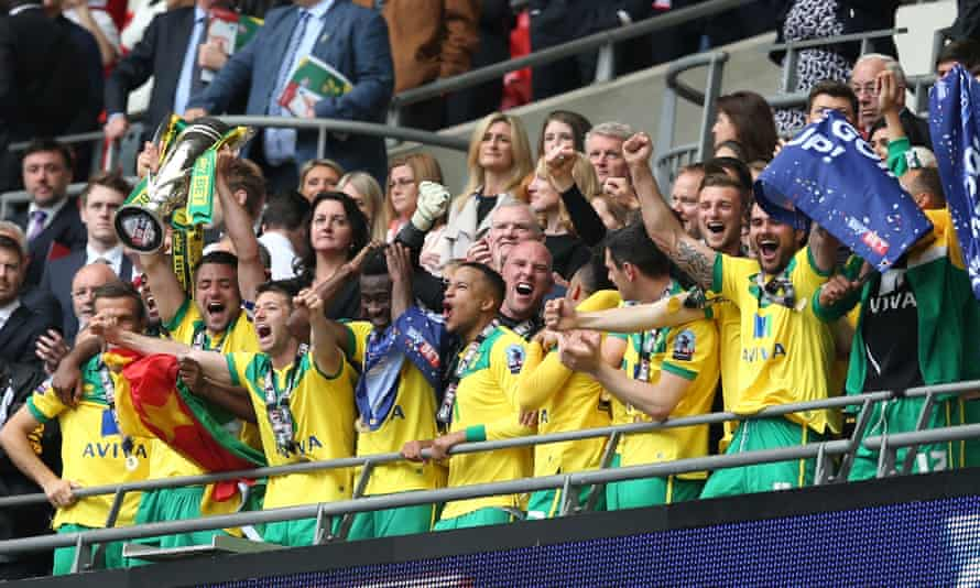 Norwich City celebrate promotion in 2015. Sébastien Bassong played for the Canaries and second-placed Watford that season.