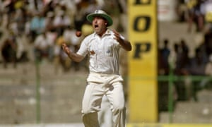 Mike Gatting drops a simple catch at silly point in the second Test.