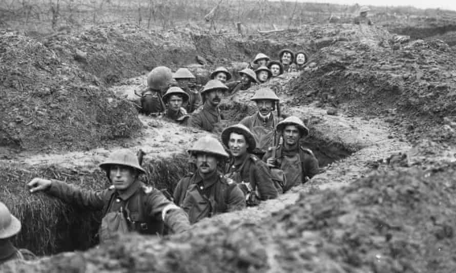 British soldiers during the Battle of Cambrai, 1917.