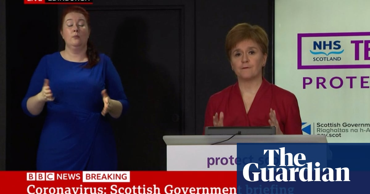 BBC to continue live TV broadcasts of Nicola Sturgeons briefings