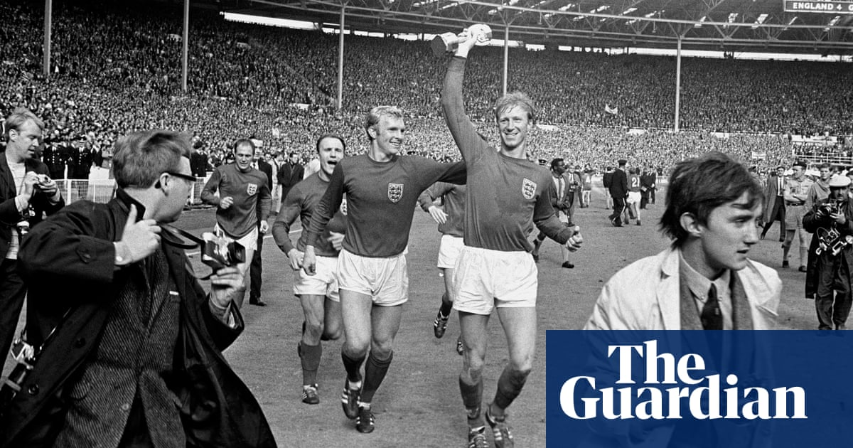 Jack Charlton: England World Cup winner, dies aged 85 - video obituary