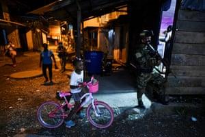Night falls on the dangerous streets of Buenaventura