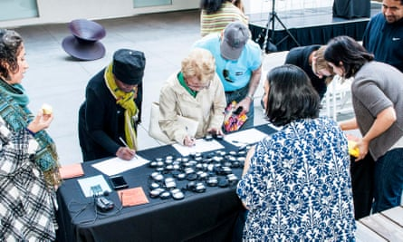Sister collectives Antena and Antena Los Ángeles shared a Public Engagement residency at the Hammer in 2016