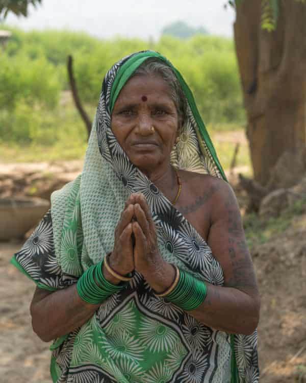 A villager living near the Sasan mine's overburdened dumpsite pleads for relief and rehabilitation from the pollution hazards of the coal mine.