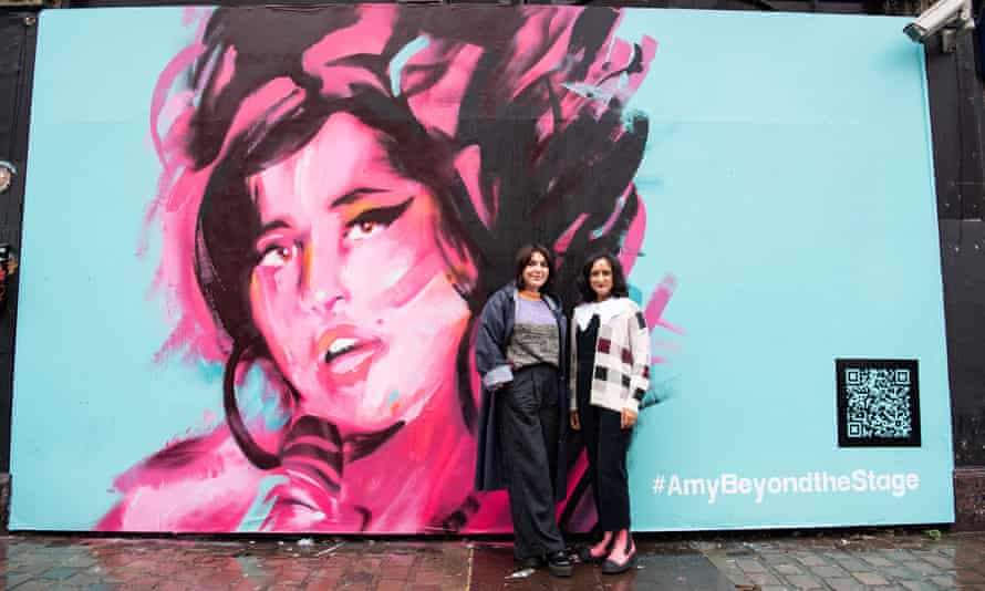The exhibition's curator, Priya Khanchandani, and Winehouse's friend Naomi Parry at a mural unveiling to announce the Design Museum exhibition.