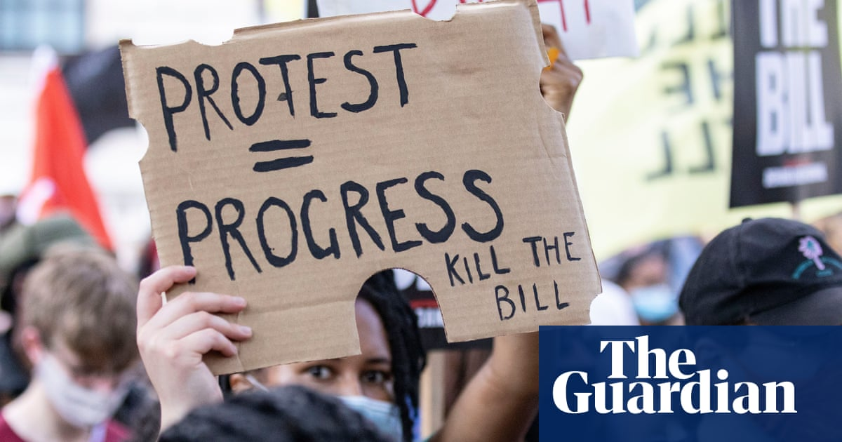 Curbs on protests in policing bill breach human rights laws, MPs and peers say