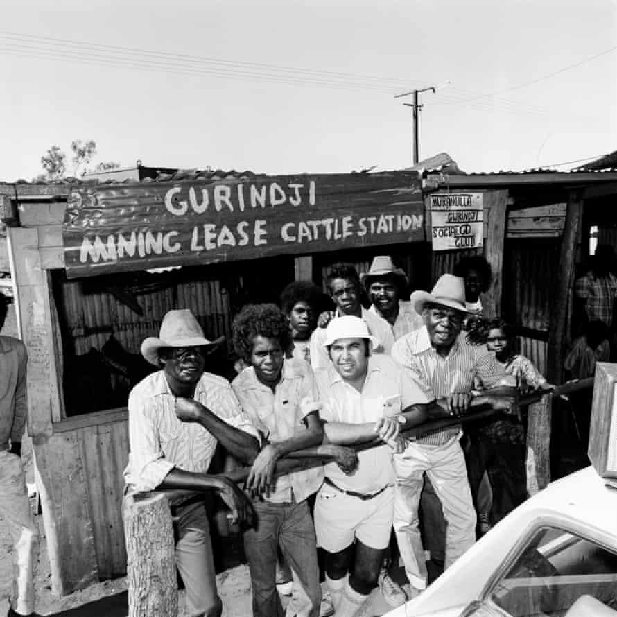 Mervyn Bishop and Gurindji men outside the Murramulla Social Club.