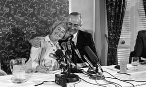 Jennifer Guinness with her husband John Guinness at a press conference following her release, April 1986
