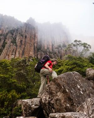 Climbing guide John Fischer climbs Fiddlesticks route
