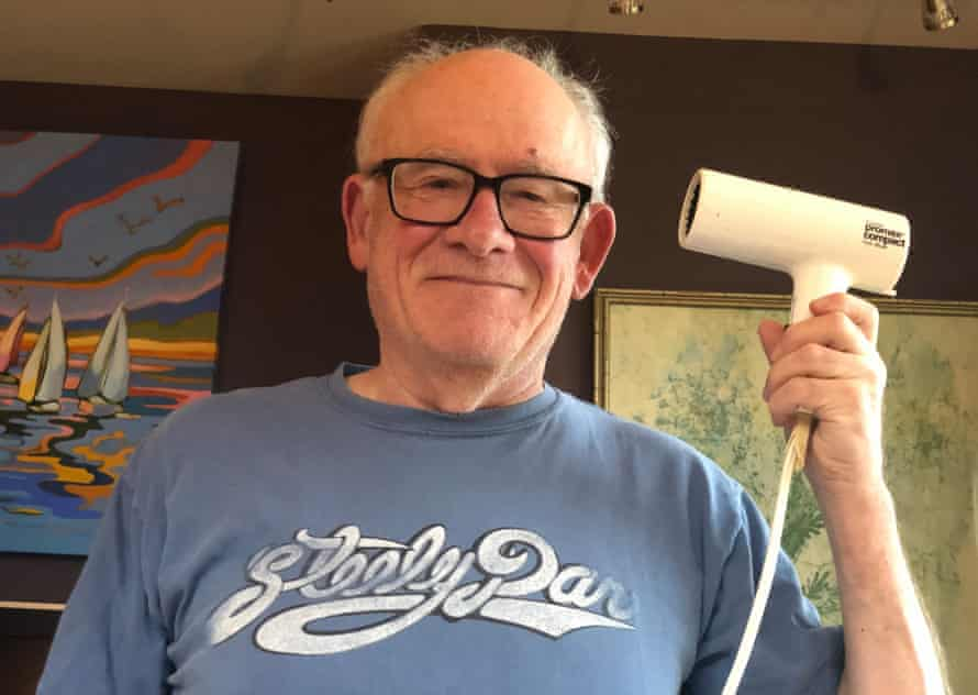 Barry Mitzman and his Gillette hairdryer.