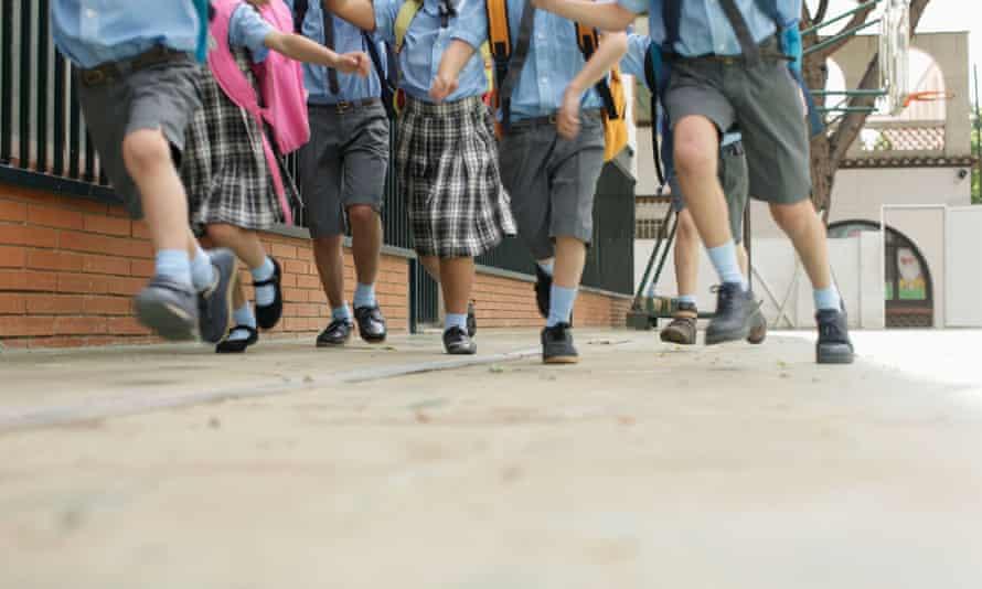 legs of children running