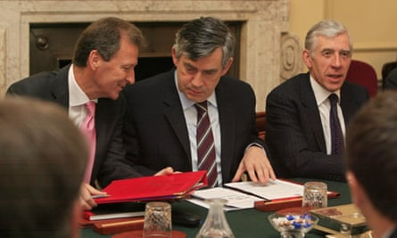 Gus O'Donnell, left, talks to Gordon Brown