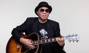 Mali singer Salif Keita with his guitar