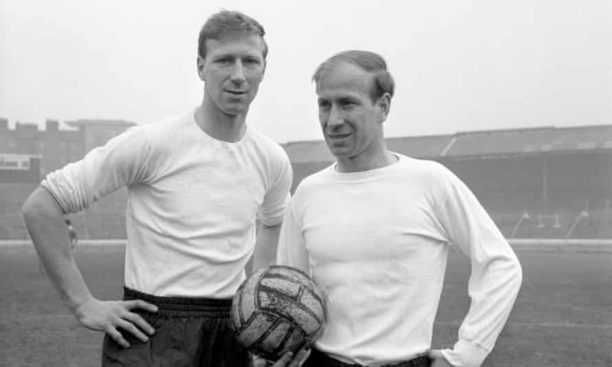 Jack Charlton, left, with his brother Bobby in 1965.