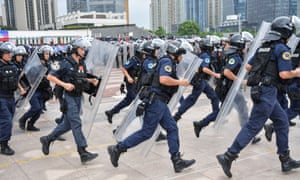 Chinese riot police